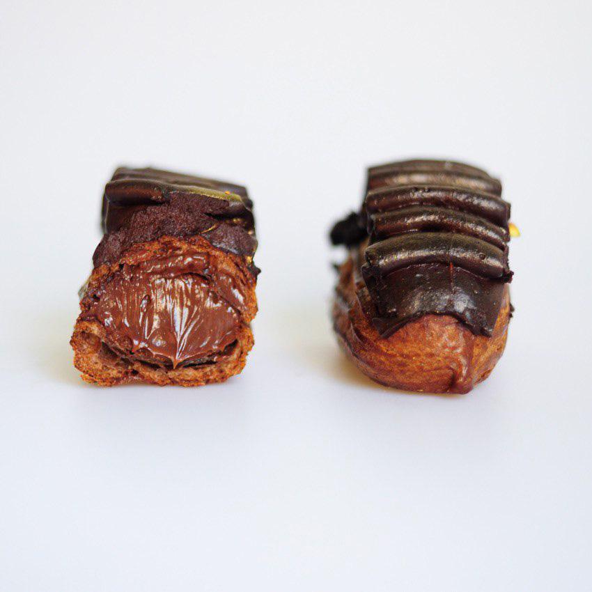 Эклер шоколадный в Polverol Киев