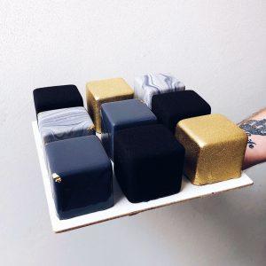 Торт VIP Куб в Polverol Киев вариант 1