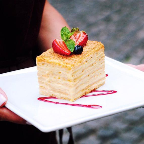 Десерт Наполеон в Polverol Киев